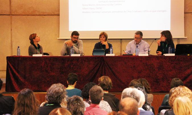 <b>Sandra Ruiz</b> (escuela 'El Rial'), <b>Vicenç Ridorça</b> (técnico medioambiental), <b>Núria Marín</b> (escuela 'Camins'), <b>Albert Riera</b> (Fapac) y <b>Gemma Castanyer</b> (periodista). ©Rest_colectiva.