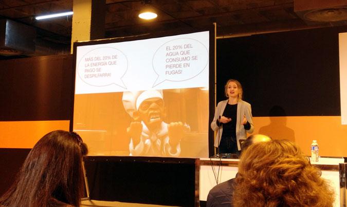 <b>Isabel Coderch</b>, gerente de www.restaurantessostenibles.com, en un momento de la exposición.