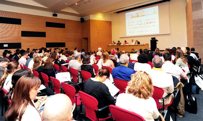 La convención se inauguró con una sesión dedicada al diseño de las cocinas centrales. ©Paco_Deogracias.