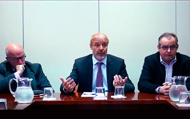 De izda. a dcha.: Miguel Ángel Cilleros (UGT), Antoni Llorens (Feadrs) y José M. Martínez (CCOO).