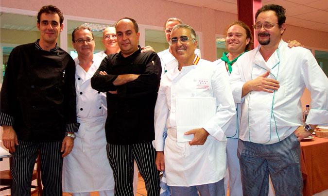 Participantes de la primera edición del concurso de cocina de la AEHH. ©AEHH.