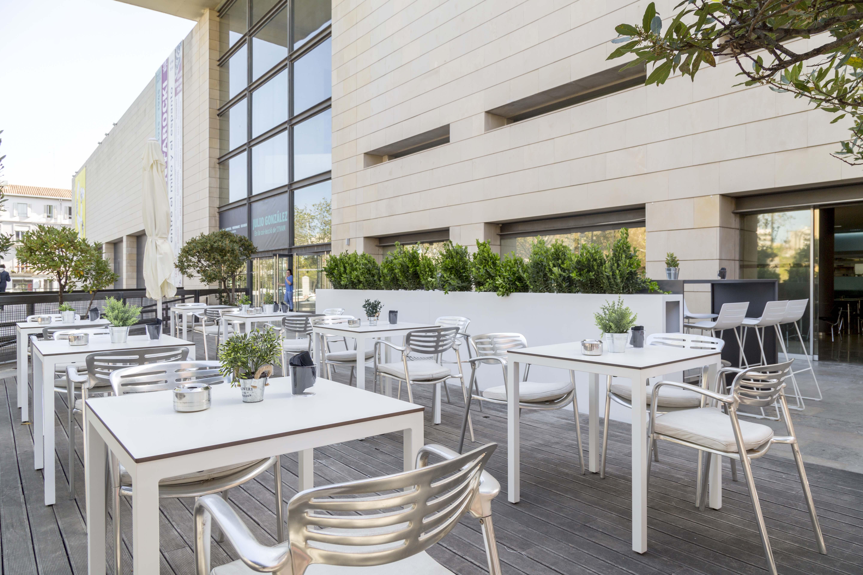 La cafetería del Institut Valencià d'Art Modern reabre sus puertas de la mano de Eurest