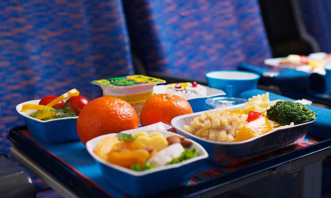 La cifra de negocio alcanzó los 200 millones de euros en 2012 en el caso del catering para transporte aéreo y los 60 millones en el caso del ferroviario.
