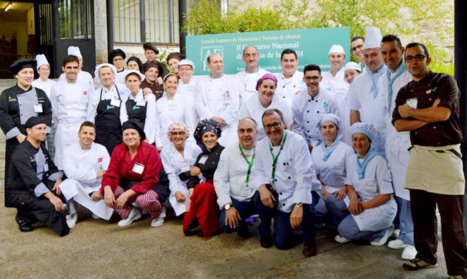 Participantes y algunos miembros del jurado. ©AEHH.