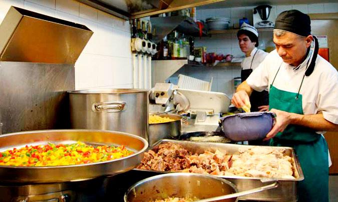 El sector de la hostelería supera la barrera de los 1.650.000 trabajadores en agosto