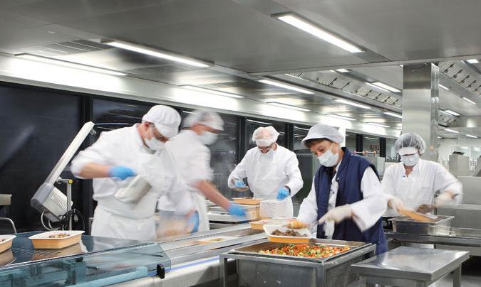 Prevención de riesgos: lesiones en la columna vertebral del trabajo en cocinas profesionales
