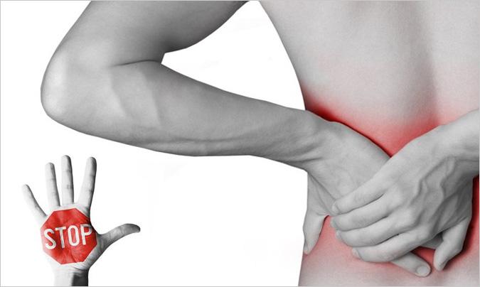 Consejos y ejercicios que ayudarán a prevenir las lesiones en la espalda del trabajo en cocina