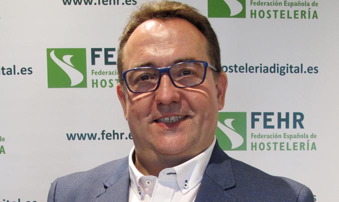 José Luis Yzuel es presidente de la Federación de Empresarios de Hoteles y Restaurantes de Zaragoza (Horeca) y de la Confederación de Empresarios de Hostelería y Turismo de Aragón.