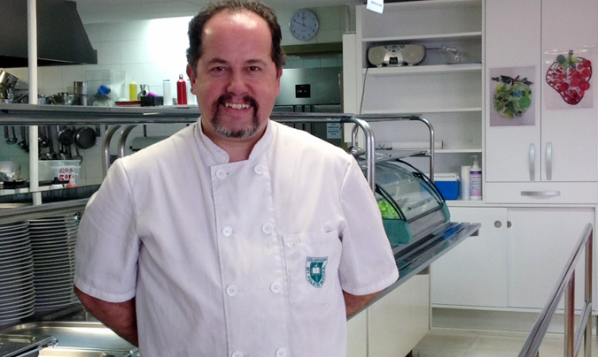 Marc Esteve, responsable de cocina del colegio St Paul's School de Barcelona.