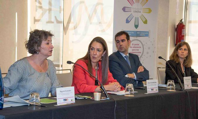 Mesa sobre la nueva Ley de Contratación Pública. De izquierda a derecha, Begoña Fernández, Paloma Fernández-Aller (moderadora), Alejandro Ferrández y Clara Morán.