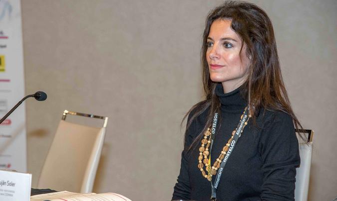 Luján Soler, decana de Codinma (Colegio Profesional de Dietistas-Nutricionistas de Madrid), quien participó en la mesa como moderadora.