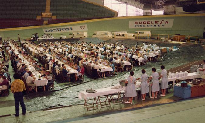 En la década de los 70 fue cuando se empezaron a diversificar los servicios ofrecidos. En la foto imagen de un evento celebrado en el velódromo.