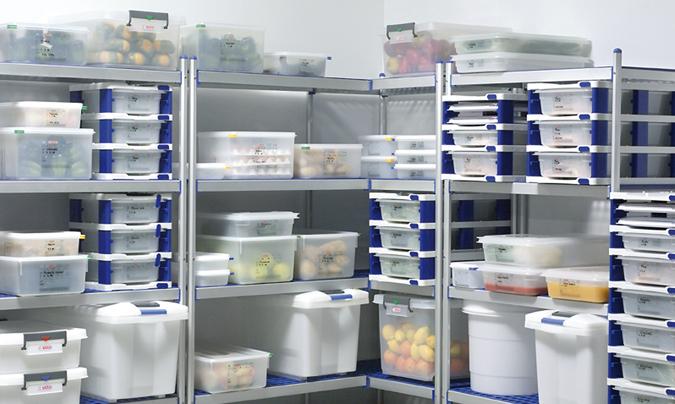 La gestión de almacenes es un elemento clave en la actividad de las cocinas centrales, tanto por temas de caducidad como por las normas de trazabilidad a las que están sometidos los productos. © Aravén