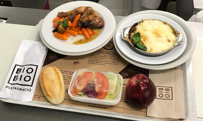 Hasta un 15% de los platos servidos a los pacientes están elaborados con alimentos de producción ecológica. ©BioBio.