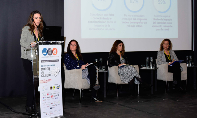 Sesión dedicada a los recursos humanos. De izquierda a derecha: Rosa Gil (ISS Iberia), Marianela Olivares (Linkers), Roser Bonancia (Serunion) y Nan Ferreres (Escola Tècnica Professional CETT).