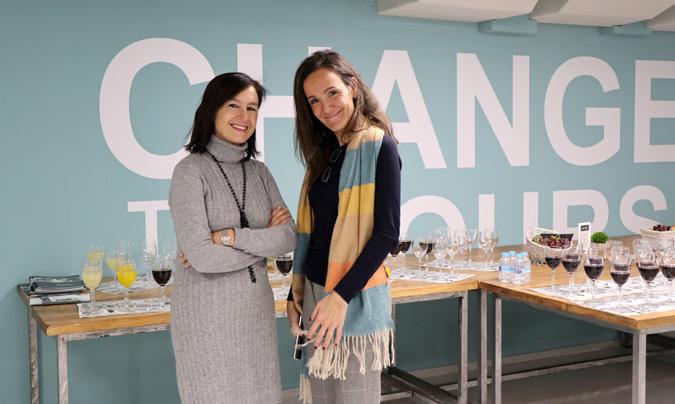 María López, directora Corporativa de Relaciones Institucionales y Servicios Jurídicos de Ausolan, y Batriz Gil de Sagredo, directora de Relaciones Institucionales de Acade.