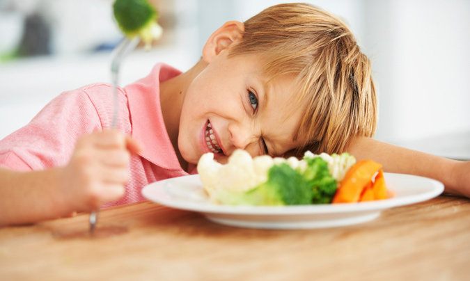 El sector se ofreció a asumir el menú de los niños de Madrid desde el principio
