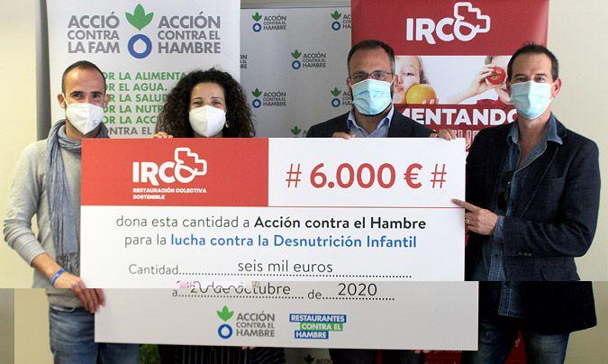De izquierda a derecha: Ignacio García Toro, responsable de Alianzas y Campañas de Acción Contra el Hambre; Dolores Marco, delegada de Acción contra el Hambre en la Comunidad Valenciana; Santiago de la Torre, director general Grupo Irco; y Carlos Diranzo, responsable de Marketing.