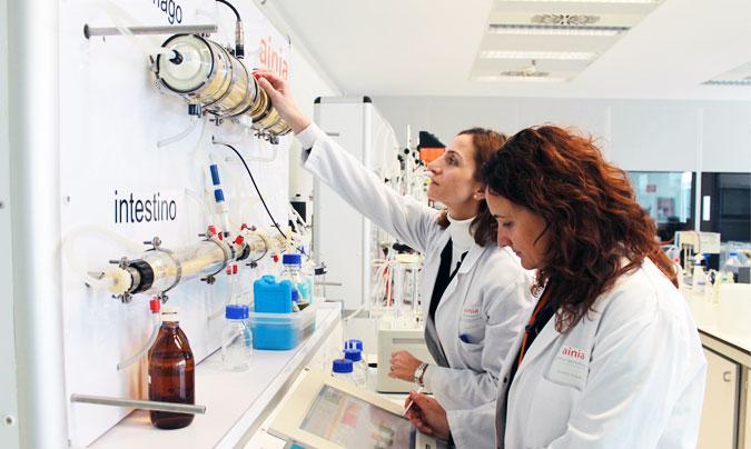 Digestor dinámico <i>in vitro</i> (aparato digestivo artificial) de Ainia, donde se realizan estudios de biodisponibilidad. ©Ainia