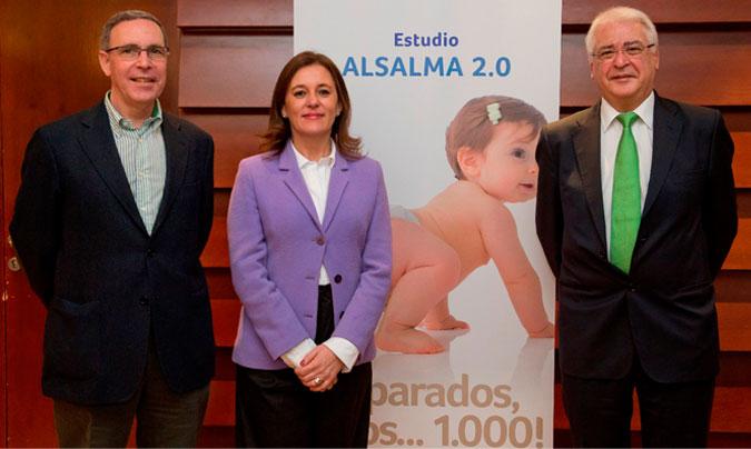 De izda. a dcha.: <b>Jaime Dalmau</b> (Hospital La Fe de Valencia); <b>Margarita Morais</b> (Danone Nutricia); y <b>Vicente Varea</b> (Hospital Sant Joan de Déu de Barcelona).