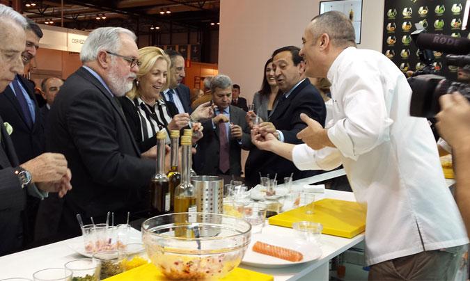 El ministro <b>Arias Cañete</b> ha inaugurado esta mañana la XXVIII edición de Salón de Gourmets.