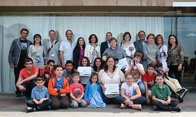 Foto de familia con los representantes de la organización y centros ganadores. ©BioCultura.