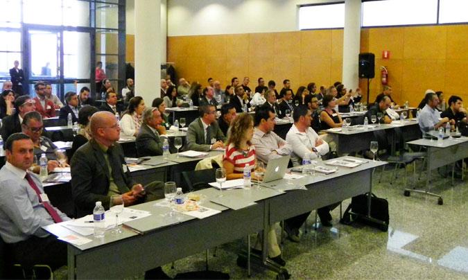 La primera edición de la 'Convención de cocinas centrales' se cerró con un gran éxito de convocatoria al reunir a más de un centenar de profesionales del sector. © Rest_colectiva.
