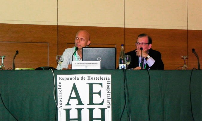 <b>Fernando Dalama</b>, coordinador de seguridad alimentaria de la AEPNAA y <b>Miguel Ángel Herrera</b>, vicepresidente de la AEHH. © Rest_colectiva.