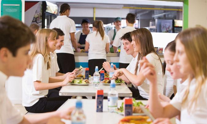 Los comedores escolares de Ausolan trabajan por la sostenibilidad y la igualdad