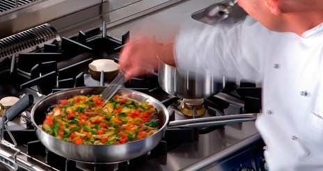 El ahorro energético en la cocina: consejos para la conservación y cocinado de los alimentos