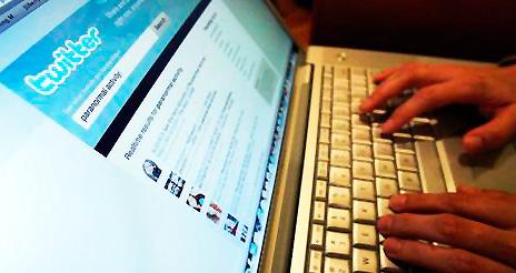 Networking 2.0: Twitter y Linkedin, potentes herramientas para encontrar empleo