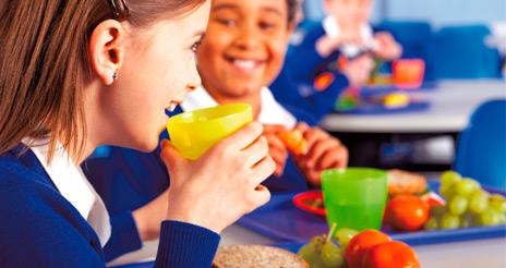 La 'vuelta al cole': rompiendo mitos sobre el servicio de comedor escolar