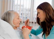 El Hospital de Elda crea una consulta para pacientes con síntomas de malnutrición