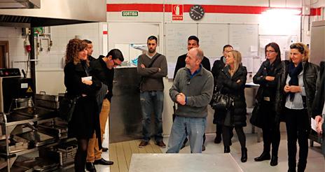 Clúster Alimentario de Mercabarna visita la firma F. Roca de restauración escolar