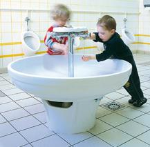El lavado de manos en las escuelas, imprescindible para crecer con el hábito