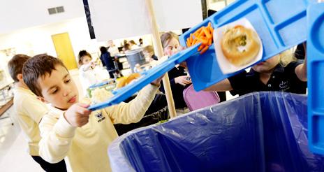 Recomendaciones para evitar el desperdicio alimentario en comedores escolares