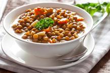 La importancia de las legumbres en una dieta saludable y equilibrada para personas mayores