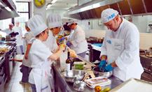 El equipo del Virgen del Puerto de Plasencia gana el concurso de cocina hospitalaria