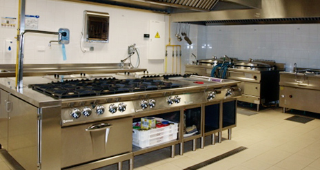 Alcesa certifica su cocina central destinada a la elaboración de menús para niños alérgicos