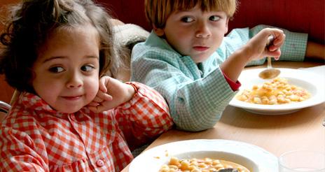 Ceapa presenta sus datos anuales sobre los precios del menú escolar, por comunidades