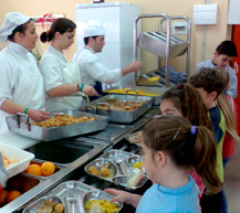 Los centros públicos andaluces han servido este curso 21 millones de menús