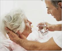 Más de 40 centros residenciales participarán en la campaña de hidratación de Edad & Vida
