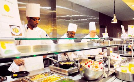 Restaurantes y cafeterías en concesión facturaron 800 millones con 2.500 locales