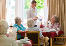 La importancia del calcio y la vitamina D en la alimentación de las personas mayores