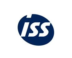 Directivos de ISS cambian, por un día, la corbata por los uniformes del personal de primera línea