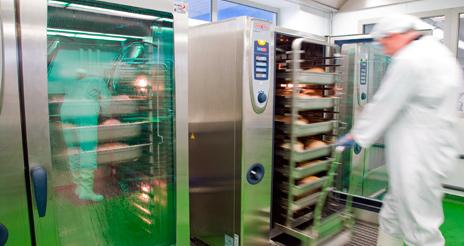 Peligros físicos, químicos y biológicos; la estrategia 'anti-error' en las cocinas