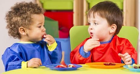 Las escuelas infantiles de Barcelona servirán obligatoriamente alimentos ecológicos