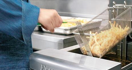 El 'abc' de las buenas prácticas para evitar peligros en los procesos de frituras
